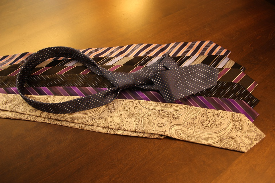 cravats-987782_960_720
